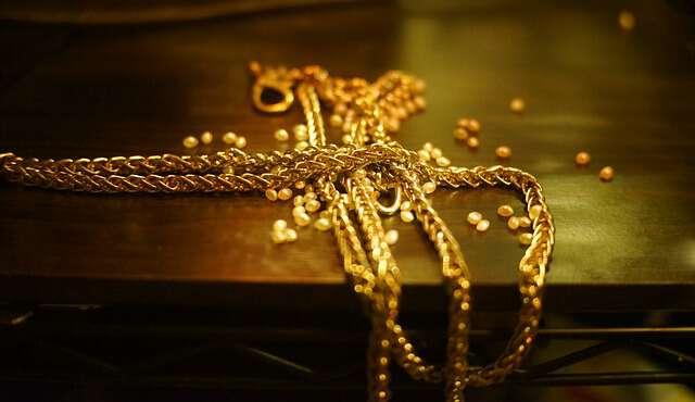 ヤフオクで18金・金・銀製品を売買する時の落札相場情報まとめ