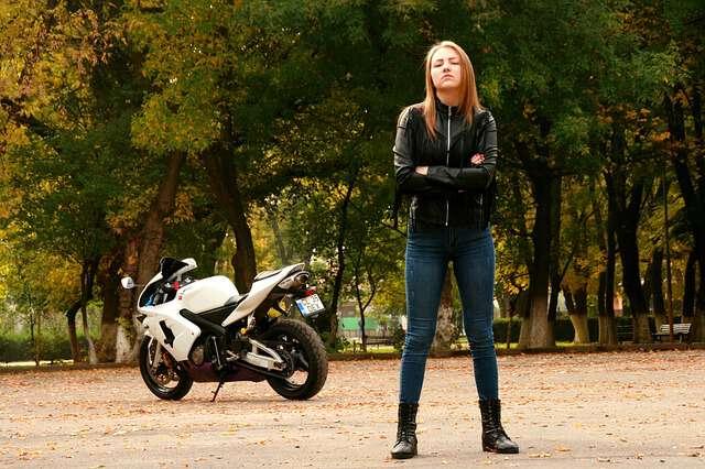 ヤフオクでバイクを売買する時の落札相場情報まとめ