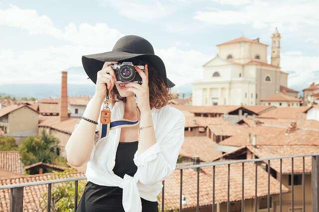 ヤフオクでカメラ・レンズを売買する時の落札相場情報まとめ